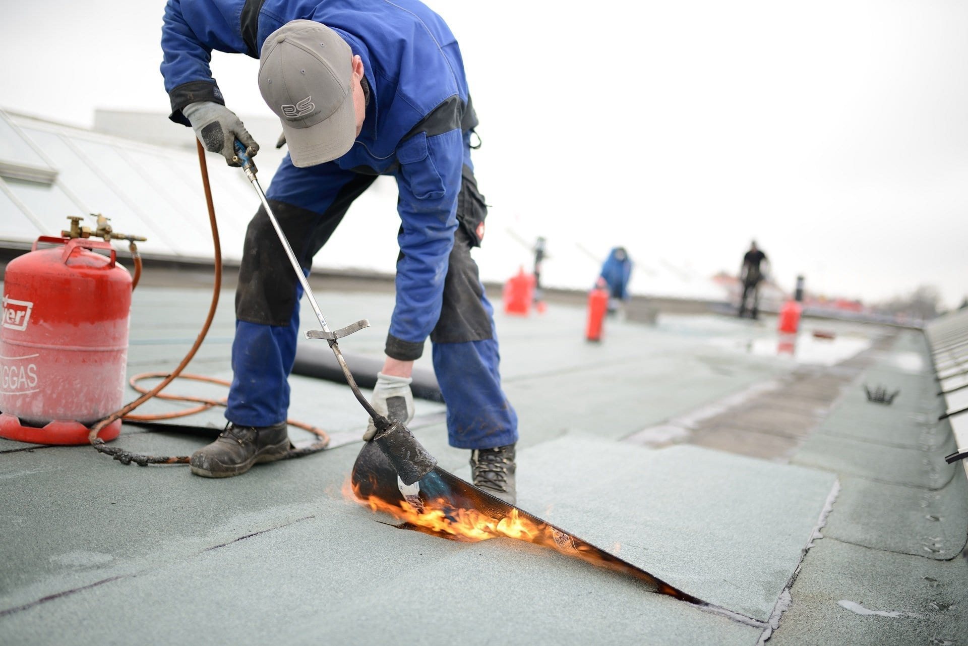 flat-roof-replacement-repair-calgary-flat-roofing-claw-roofing