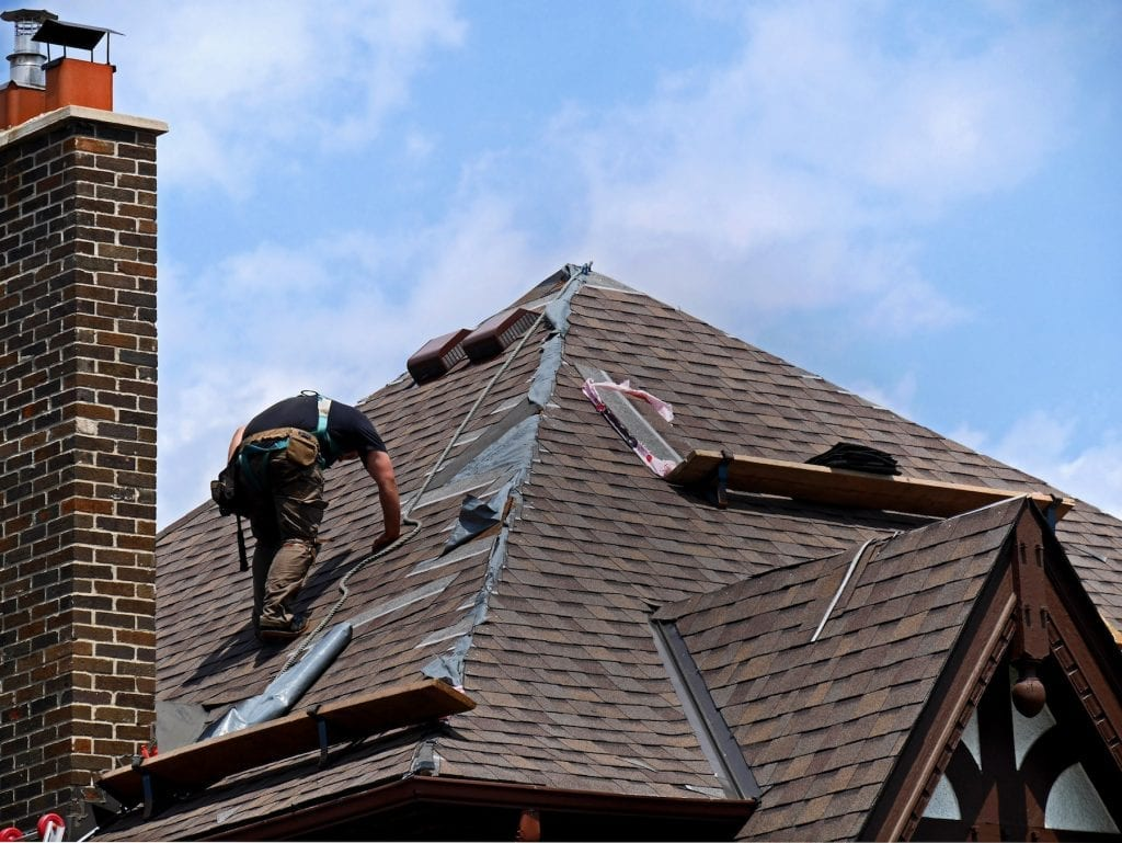 Calgary Roofing Companies | Claw Roofing | Shingle Repairs