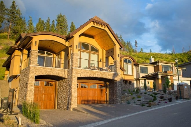 Kelowna Home Builders - Custom Homes For Sale